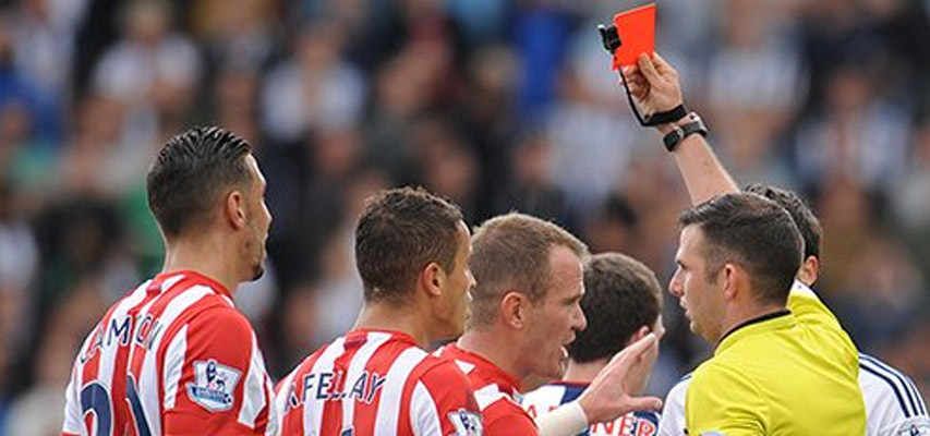 Stoke-City-gets-red-card